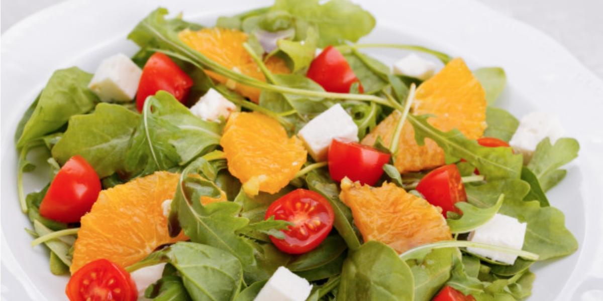 Salade de céleri rave, épinards et oranges
